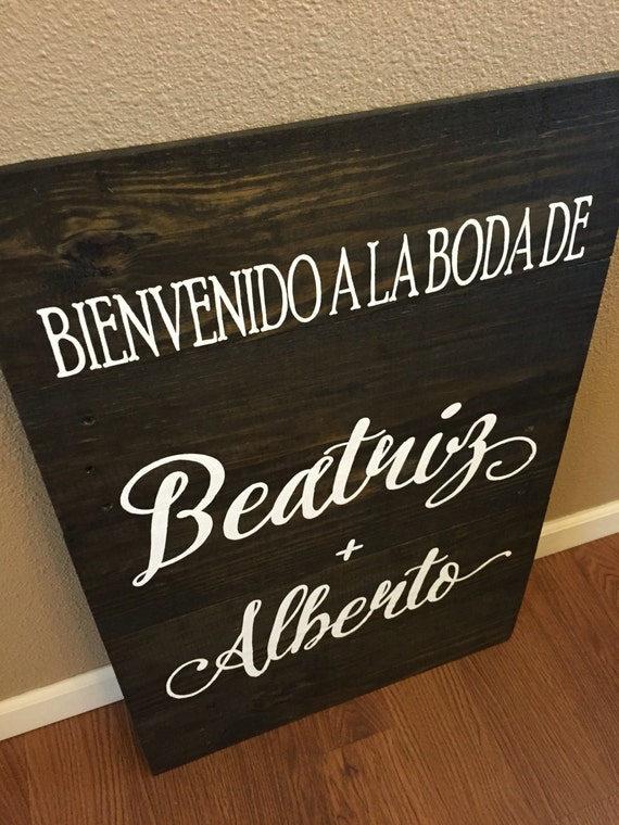 Pallet Sign Welcome to the Wedding of Sign Spanish or English