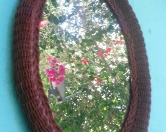 Espejo mimbre viejo/ old wicker mirror