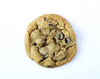Classic Chocolate Chip Cookie, homemade baked goods, homemade cookies