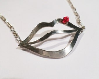 """pendent in silver 925 """"mouth"""""""