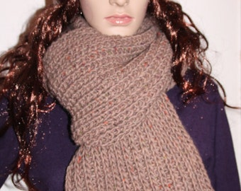Hat and scarf, knitted, beige, set of 2