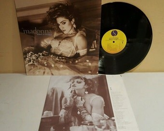 Madonna Like A Virgin LP 1984 Sire Records 25157 1 (VG+ Vinyl)