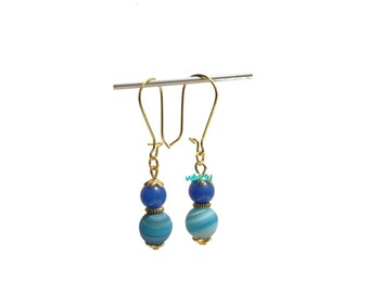 Earrings with jade and agate beads