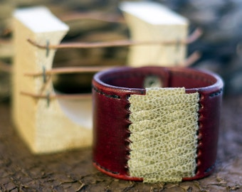 Handmade Leather Bracelet Icelandic souvenir fish skin Accessory Leathercraft and design