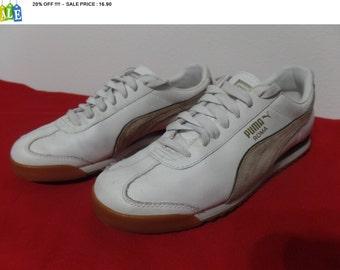 20% OFF !!!!  vintage PUMA ROMA white brown/beige suede leather - men's 6 // eu 38 // women's 7.5 - soccer football futbol