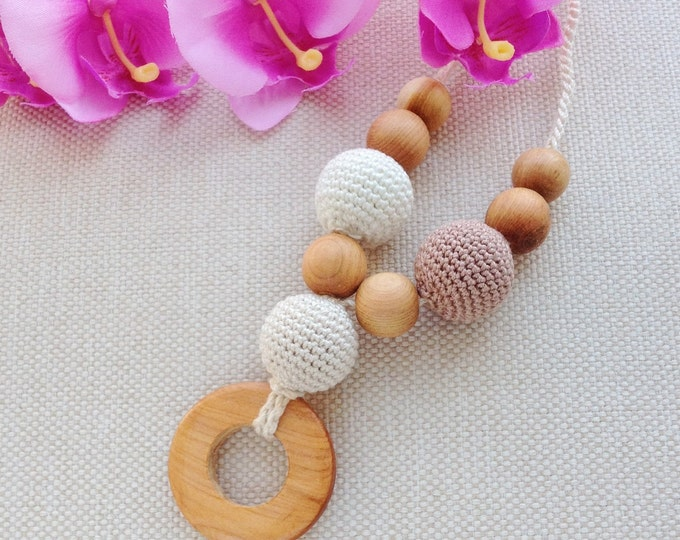 Nursing necklace / Teething necklace / Babywearing necklace - So natural