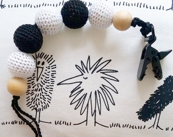 Organic Dummy Clip / Eco-Friendly Crochet Cotton Beads / Pacifier clip / Baby Teether / Black and White / Soother / non-metallic