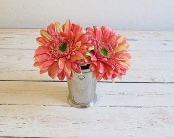 Coral Gerber Daisy Pen / Flower Pen / Wedding Guest Book Pen / Party Favors / Shabby Chic Pen