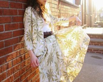 Vintage 1950's 2 Piece Skirt Set Summer Tropical Print