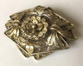 Silver Filigree Flower brooch