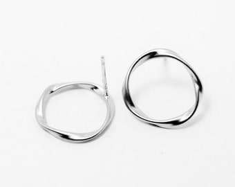 E0059/Anti-tarnished Matte Rhodium Plating Over Brass+925  Sterling Silver Post/Twisted Circle Earrings/15mm/2pcs