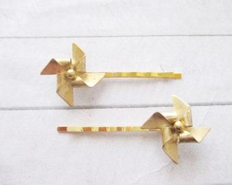 Gold windmill hair clip Pinwheel Bobby pin Hair Accessories Origami Nature Wedding Raw Brass Bridesmaids Bridal Gift