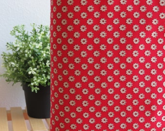 1/2 yard Lecien Retro 30's Child Smile - Daisy Flower in Red - 31041L-30