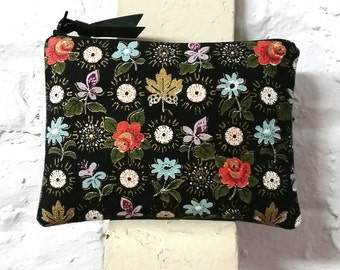 Vintage bark cloth pouch - mid century fabric pouch - medium pouch - shabby chic - barkcloth bag - recycled fabric bags - bags and purses