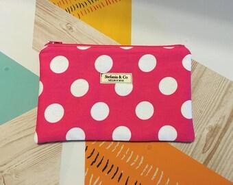 Pencil case / Cosmetic case
