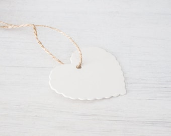 Heart Paper Tag with String - Gift Label - Name Tag - Wedding - Party Favor - Birthday - Baby Shower - Christmas decoration - 25Pcs