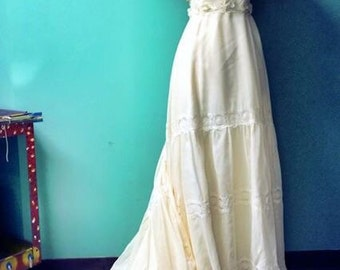 1960's cotton Ivory wedding dress with matching veil and bridal belt.  Never worn! By Biachi.