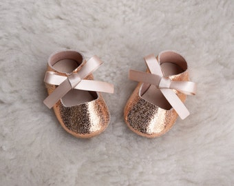 Baby Moccasins, Leather Baby Girl Shoes, Rose Gold Pink Glitter Newborn Crib Shoes, Baby Shower Gift, Sparkle Infant Booties, Toddler Shoes