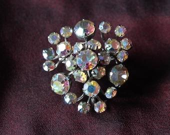 Vintage 1950s Silver Toned Aurora Borealis Rhinestone Brooch Pin