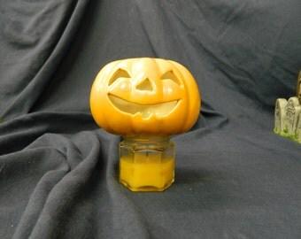 Jack o Lantern with pointy teeth