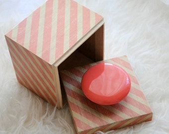Storage-wood box-stripes pattern