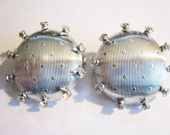 Pair of Matching Silver Tone Dress Pins