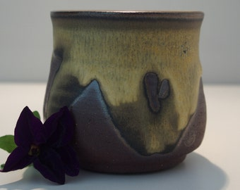 Mountain landscape vase