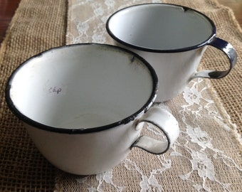 White farmhouse style granite ware cups