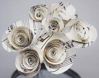 Vintage Upcycled Sheet Music Paper Flowers, Bouquet of 7- Music Bouquet, Music Lover Gift, Music Wedding, Music Theme Party, Musical Gift
