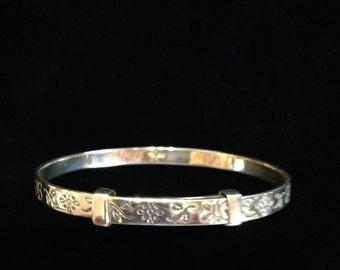 Sterling Silver Childs Bracelet.