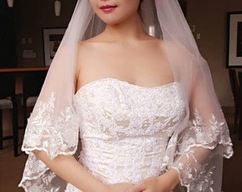 Sabrina Bridal Wedding Veil 2 Tier Layers Blusher White/Light Ivory Hip Length Lace Edge With Comb Ready To Ship