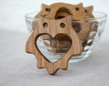 Organic Wooden teether toy Unfinished Wooden Owl Shape Wooden Owl Pendant Unpainted Wood Owl Teether Safe teether Wooden Natural Oak Toy