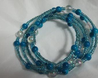 Bracelet aqua ad blue beads