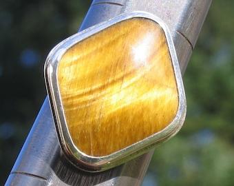 Golden Tiger Eye cabochon ring