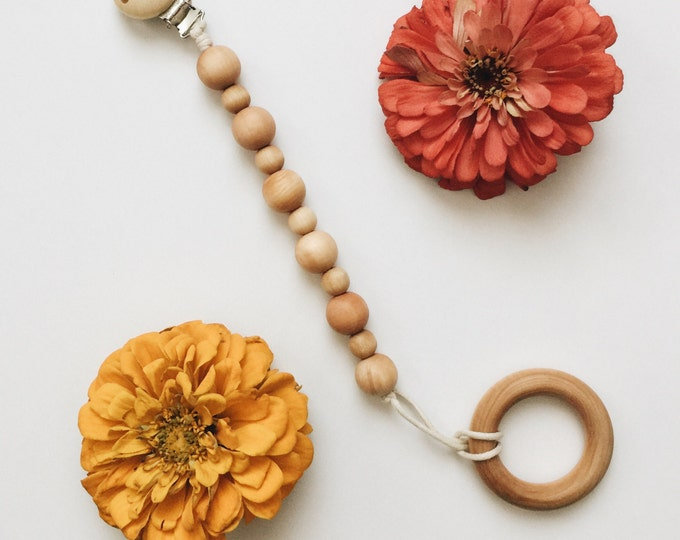 Honeycomb Wooden Pacifier Clip