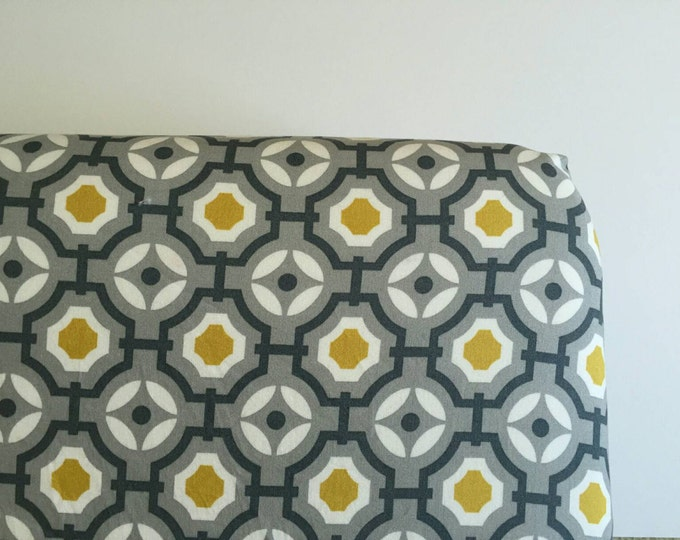 Vintage style Grey and mustard mod fitted crib sheet