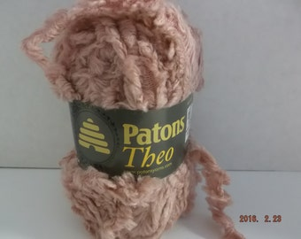 Patons Theo Yarn ~ Wool Blend~ Apricot Cream ~ #6 Super Bulky ~ 100 grams