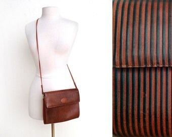 80s/90s Leather Bag - Brown and Black Embossed Stripes - Cross Body Purse