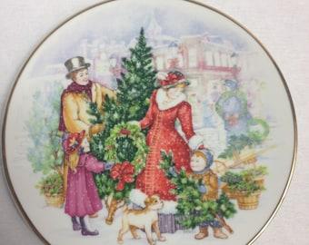 Vintage 1991 Avon Christmas Collector Plate