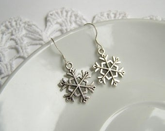 Snowflake Earrings Xmas Jewelry Holiday Green Charm Jewellery Gift for Her Flake of Snow