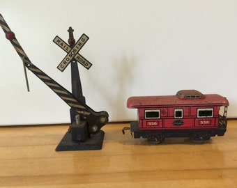 Vintage model railroad pieces