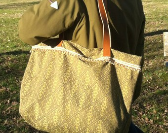 Handmade bag, fabric and leather handles