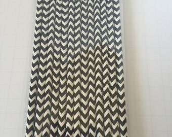 25 PAPER STRAWS CHEVRON Black