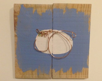 Reclaimed wood and wire cow wall art - small