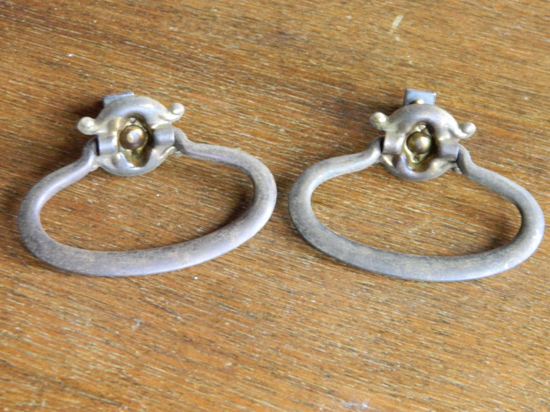 10 Single Screw Drawer Pulls Vintage Ring Pulls Brass Drawer