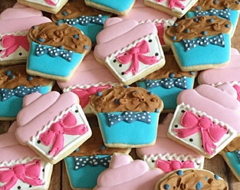 sweet cupcake or stud muffin/ gender reveal cookies/ baby shower/ boy or girl/ pink or blue/ 1 dozen