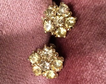 Vintage Screw Earing Yellow Rhinestone