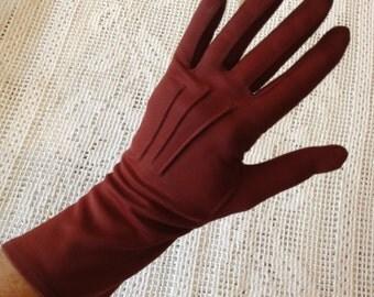 Ladies' Maroon Driving Gloves