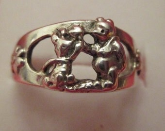 Vintage Disney Winnie the Pooh Sterling Silver Ring Size 6.5