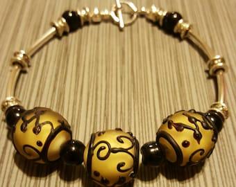 Lamp work beaded bracelet
